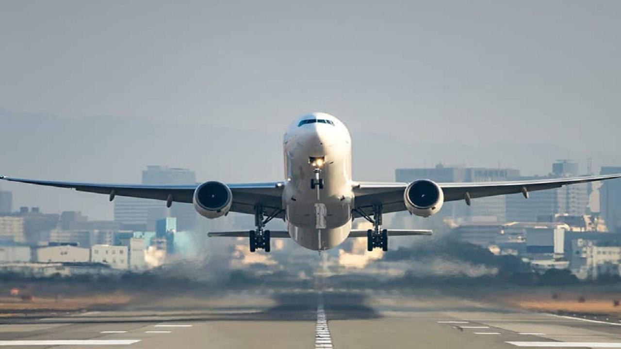 پرواز بوشهر-تهران در اصفهان نشست